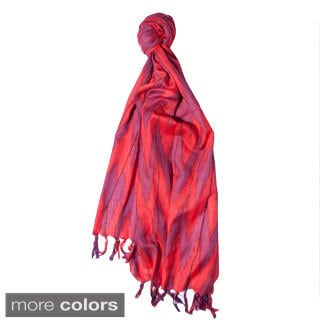 Handmade Women's Boho-chic Summer Ikkat Scarf (India)