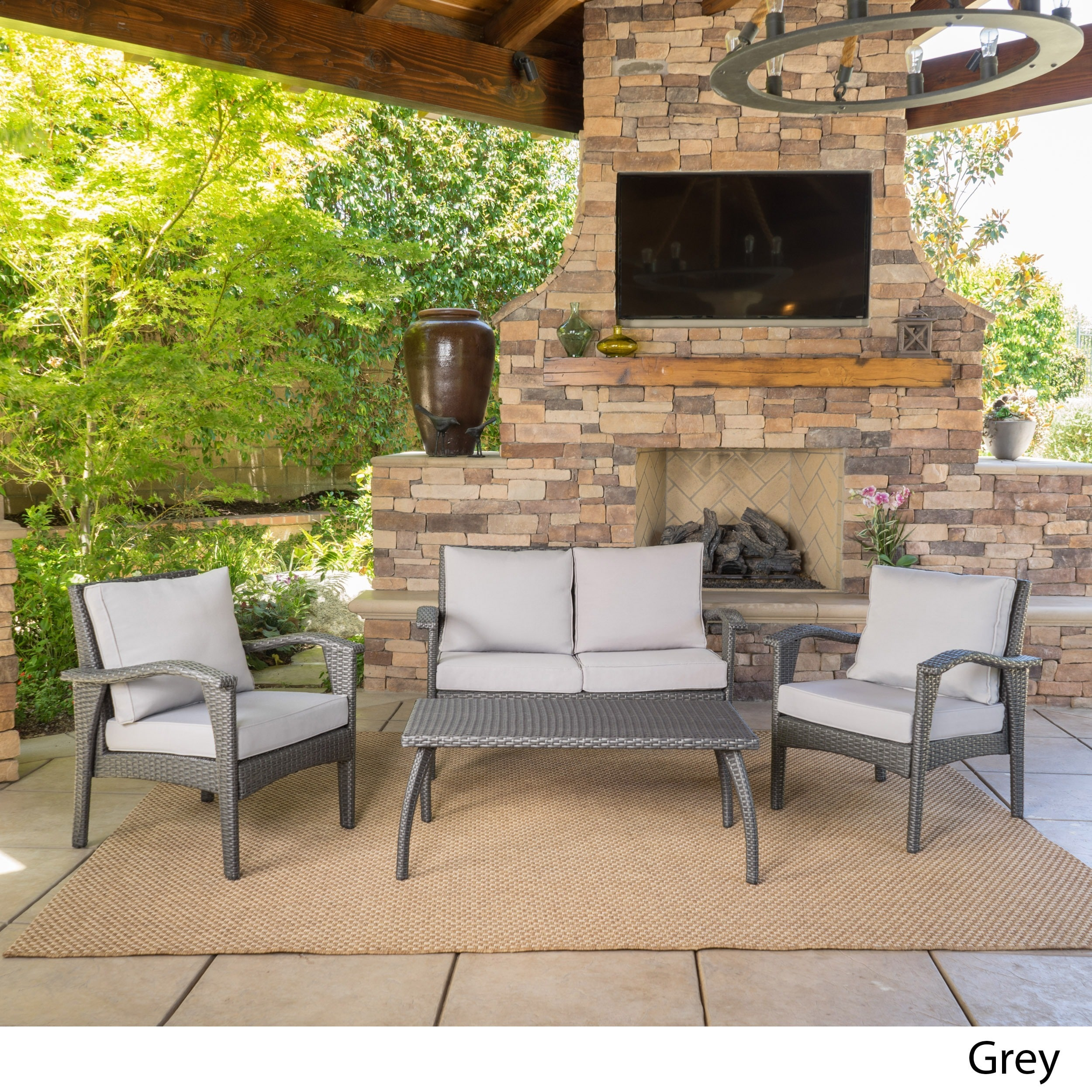 4 Piece Cushioned Wicker Seating Set