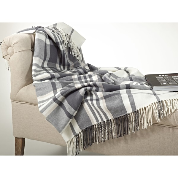 shop plaid design throw blanket on sale free shipping on orders over 45 overstock 8774889. Black Bedroom Furniture Sets. Home Design Ideas