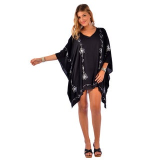1 World Sarongs Women's Embroidered Black/ White Poncho Cover-up (Indonesia)