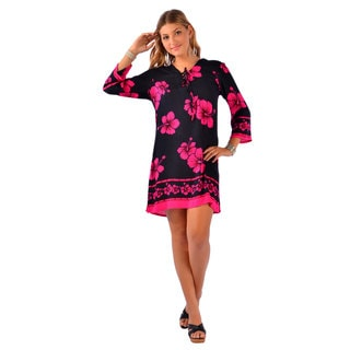 1 World Sarongs Women's Black/ Pink Hibiscus Tunic Cover-up (Indonesia)