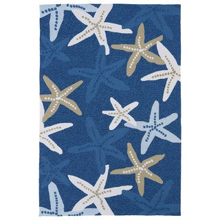 Handmade Luau Blue Starfish Indoor/ Outdoor Rug (5' x 7'6)