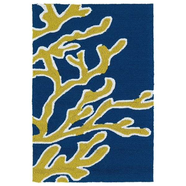 Indoor/ Outdoor Luau Blue Coral Rug (2' x 3') - 2' x 3'