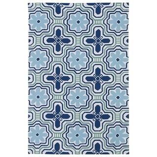 "Luau Ivory Tile Indoor/ Outdoor Area Rug (7'6 x 9') - 7'6"" x 9'"