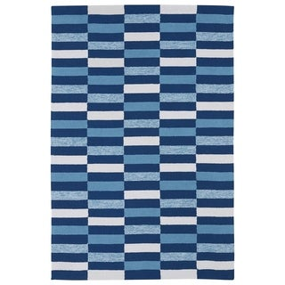 Indoor/ Outdoor Luau Blue Stripes Rug (8'6 x 11'6)