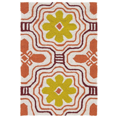 Indoor/ Outdoor Luau Orange Tile Rug - 2' x 3'