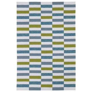 Indoor/ Outdoor Luau Ivory Stripes Rug (5' x 7'6) - 5' x 7'6""
