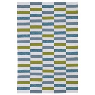 "Indoor/ Outdoor Luau Ivory Stripes Rug (7'6 x 9') - 7'6"" x 9'"