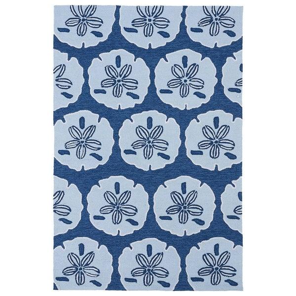 Luau' Blue Sand Dollar Print Indoor/ Outdoor Rug - 7'6 x 9'