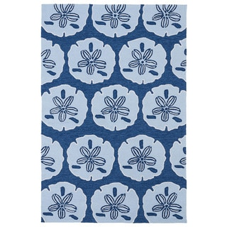 'Luau' Blue Sand Dollar Print Indoor/ Outdoor Rug (8'6 x 11'6)