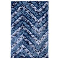 Indoor/ Outdoor Luau Blue Chevron Rug - 5' x 7'6