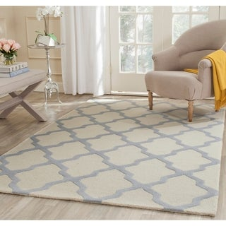 Safavieh Handmade Moroccan Cambridge Ivory/ Light Blue Wool Rug (4' x 6')