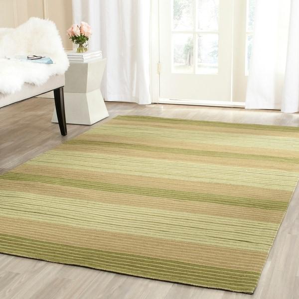 Safavieh Hand-woven Marbella Green Wool Rug - 8' x 10'