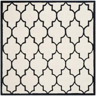 Safavieh Handmade Moroccan Cambridge Ivory/ Black Wool Rug (6' Square)