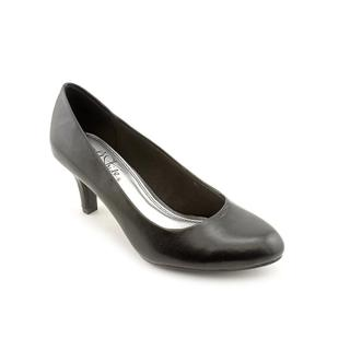 Life Stride Women's 'Parigi' Synthetic Dress Shoes - Wide (Size 6.5 )