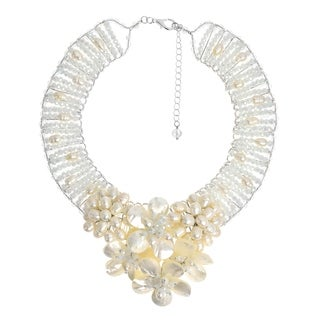 Handmade Floral Purity Mother of Pearl and Pearl Bridal Necklace (Thailand)
