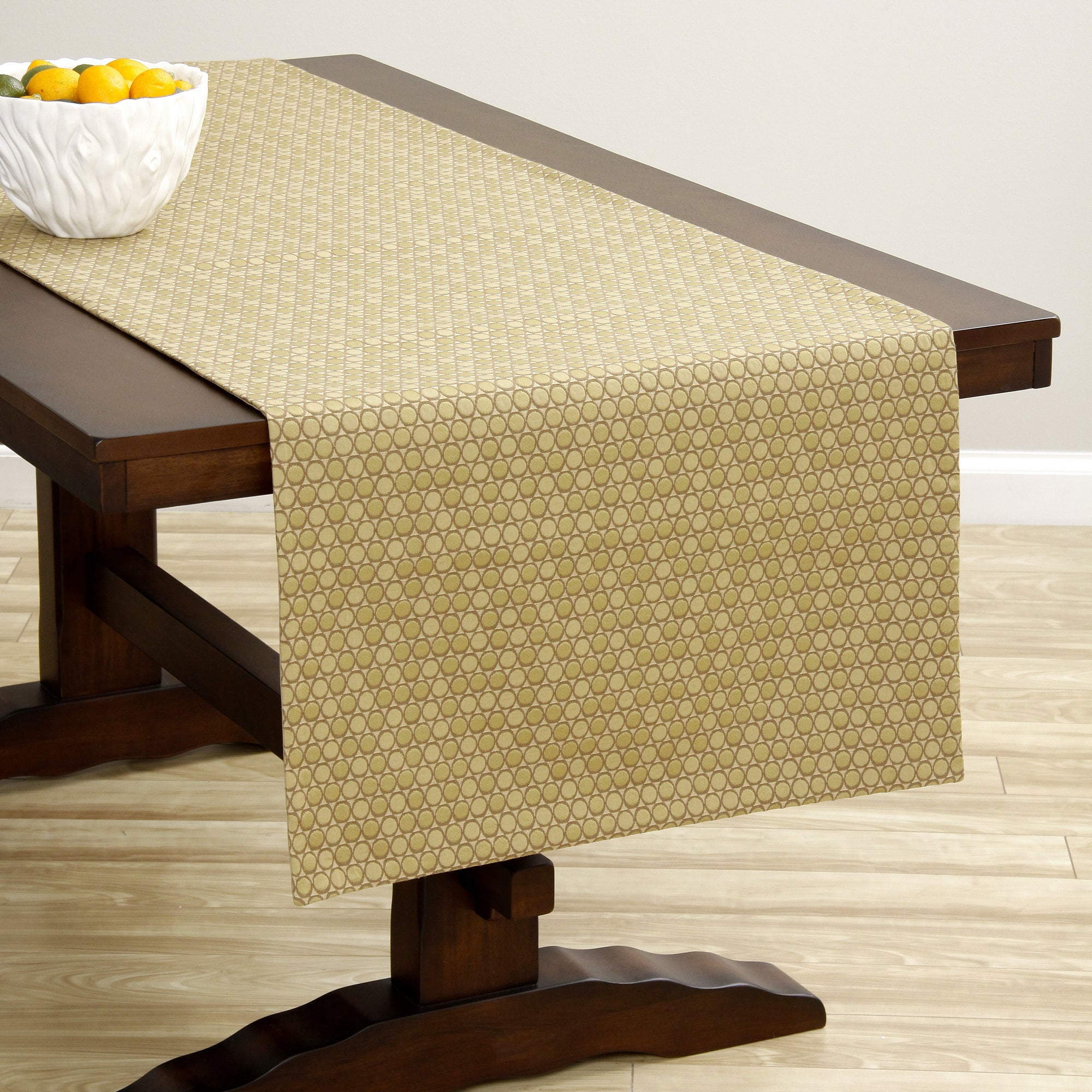 Etonnant Shop Corona Decor Extra Wide Gold Dot Italian Woven Table Runner   On Sale    Free Shipping Today   Overstock   8809841