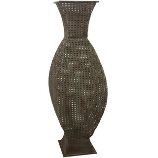 Hand-crafted Antiqued Brown Square Wrought Iron Vase (China)