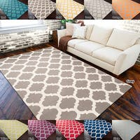 Hand-woven Contemporary Moroccan Trellis Geometric Flatweave Wool Area Rug - 2' x 3'