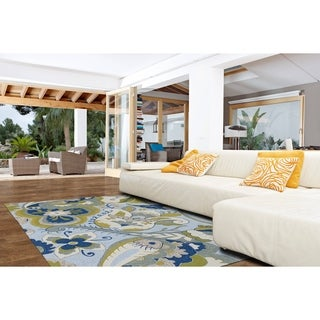 Indoor/ Outdoor Fiesta Spring Blue Rug (7'6 x 9')