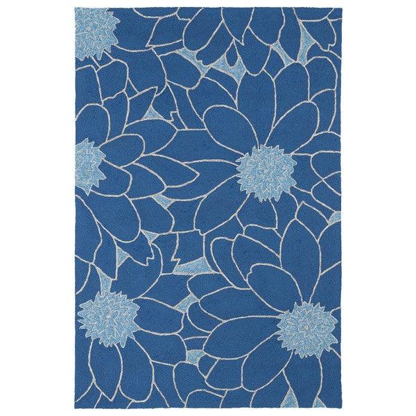 Indoor/ Outdoor Fiesta Blue Flower Rug (7'6 x 9') - 7'6 x 9'
