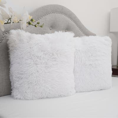 Faux Fur 18-inch Decorative Throw Pillows (set of 2)