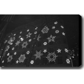 'Christmas in Manhattan' Gallery-wrapped Photography Canvas Art