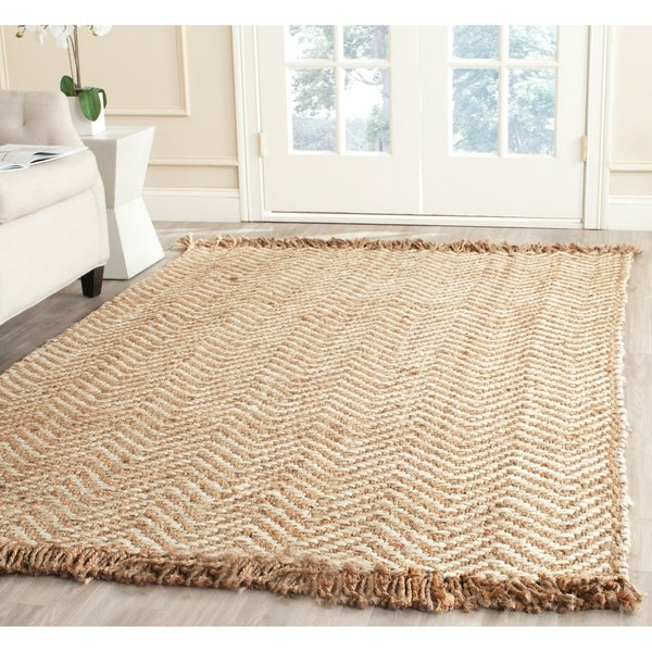 Safavieh Natural Fiber Hand-Woven Chevron Off-White/ Natural Brown Jute Rug - 8' x 10'