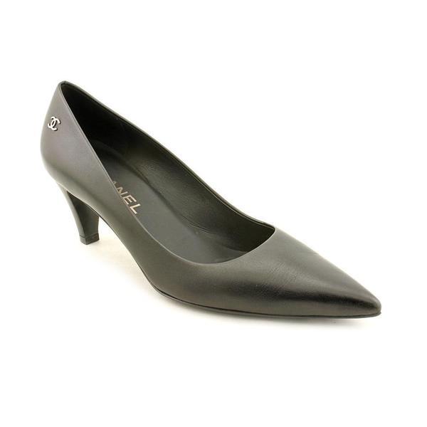 Shop Chanel Women s  G28063  Leather Dress Shoes (Size 7.5 ) - Free ... 8802048846
