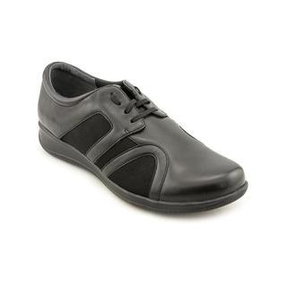 Softwalk Women's 'Topeka' Leather Athletic Shoe - Narrow (Size 9.5 )