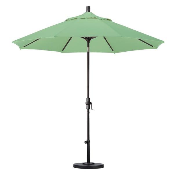 Escada Designs 9 Foot Crank And Push Button Tilt Umbrella