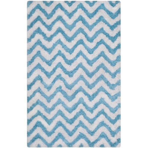 Safavieh Handmade Barcelona Shag White/ Blue Chevron Polyester Rug - 8' x 10'