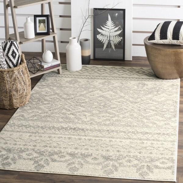 Safavieh Adirondack Southwestern Ivory / Silver Area Rug (8' x 10')