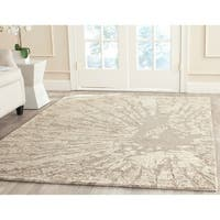Safavieh Handmade Bella Modern Abstract Winter Taupe Wool Rug - 6'7 x 9'