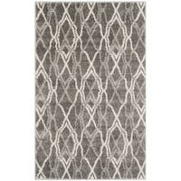 Safavieh Amherst Indoor/ Outdoor Grey/ Light Grey Rug - 2'6' x 4'