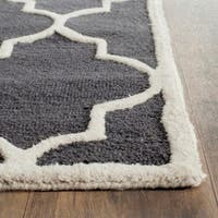 Safavieh Handmade Moroccan Cambridge Dark Grey/ Ivory Wool Rug (2' x 3')