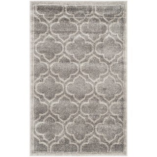 Safavieh Amherst Indoor/ Outdoor Grey/ Light Grey Rug - 2'6 x 4'