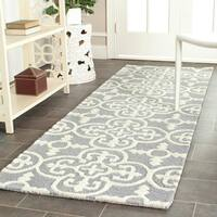 Safavieh Handmade Moroccan Cambridge Blue, Silver, and Ivory Wool Rug - 2'6 x 6'