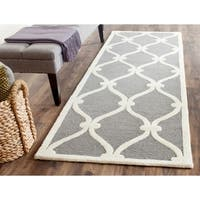Safavieh Handmade Moroccan Cambridge Dark Grey/ Ivory Wool Rug - 2'6 x 10'