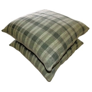Celebration 'Agra' Olive Green Ribbed Striped Decorative Pillows (Set of 2)