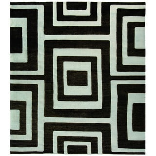 Safavieh Hand-knotted Santa Fe Modern Abstract Silver/ Black Wool Rug (9' x 12')