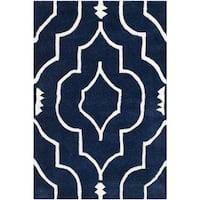 Safavieh Handmade Moroccan Chatham Dark Blue/ Ivory Wool Rug - 2'3 x 5'