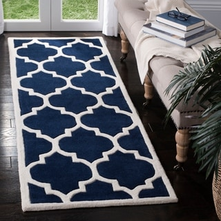 Safavieh Handmade Moroccan Chatham Dark Blue/ Ivory Wool Rug (2'3 x 19')