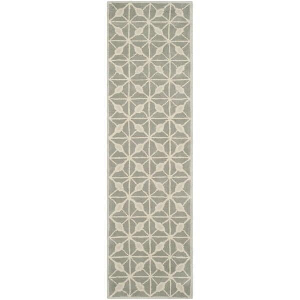 Isaac Mizrahi by Safavieh Handmade Fashion Grid Dark Grey/ Taupe Wool Rug (2'3 x 8')