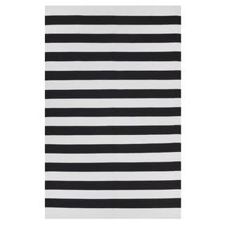 Indo Hand-woven Nantucket Bright White/ Black Contemporary Stripe Area Rug (6' x 9')