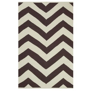Indo Hand-woven Lexington Coffee Brown/ Beige Contemporary Chevron Area Rug (8' x 10')