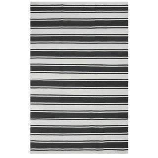 Hand-woven Indo Lucky Grey/ White Contemporary Stripe PET Area Rug (8' x 10')