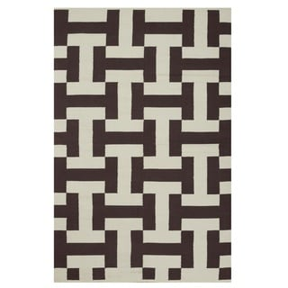 Handmade Indo Canal Coffee and Beige Contemporary Geometric Rug (India) - 5' x 8'