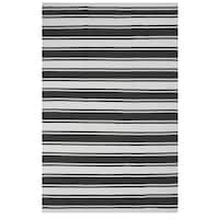 Handmade Indo Lucky Grey/White Contemporary Striped PET Area Rug - 6' x 9' (India)