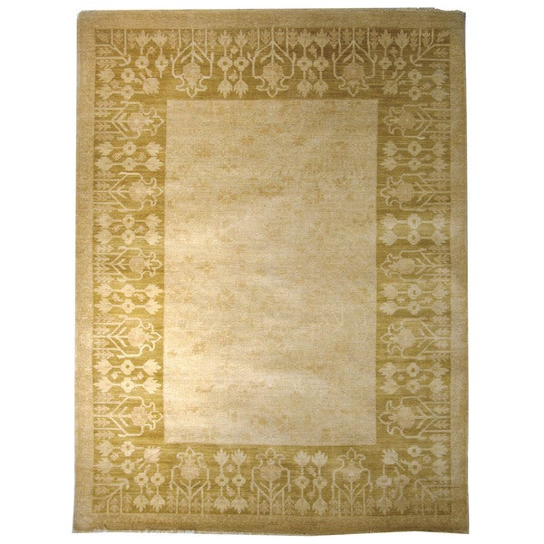 Safavieh Hand-knotted Peshawar Vegetable Dye Ivory/ Olive Wool Rug - 8' x 10'